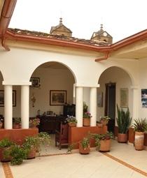 Hostal de la prada hoteles en santander hoteles en for Habitaciones familiares santander